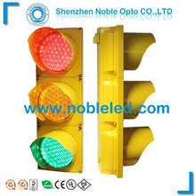 200mm Red/Yellow/Green full aspect led traffic lights for vehicle control