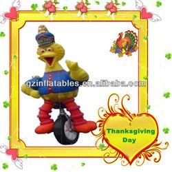 giant inflatable turkey on wheel cartoon model