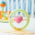 Baby eco - ambiente corea constarch sonajero juguete nave espacial