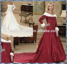 Elegant Chapel Train Red white Long Sleeved red christmas wedding dresses