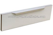 Cabinet door aluminium handle with modern look
