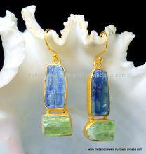 Azul cianita y verde cianita Rough pendientes, 925 plata esterlina sólida pendientes, cuelga Vermeil pendientes