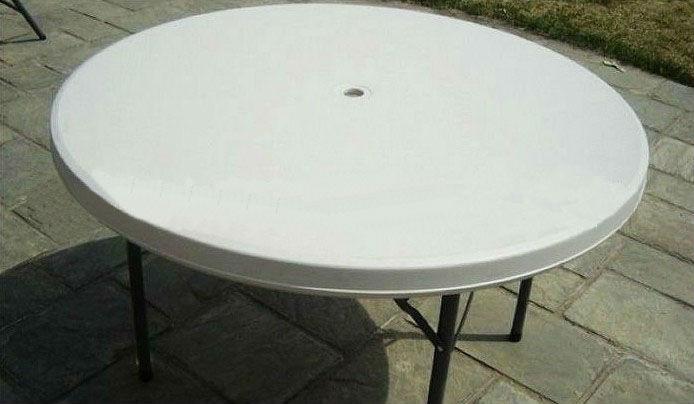 best petite table de jardin avec trou pour parasol contemporary. Black Bedroom Furniture Sets. Home Design Ideas