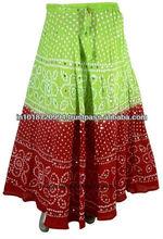 Hint ipek sari sihirli şal etek kısa etek giyen kız