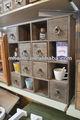 Rústico olhar de exibição de madeira sólida de armazenamento de cosméticos armários para venda