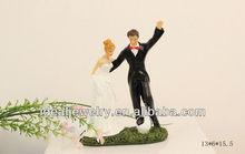 Romantic bride and groom play football Resin Couple Figurine for wedding cake ornament