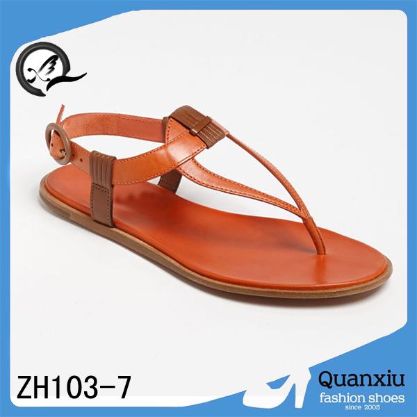 El último diseño 2014 para mujer de los zapatos mujeres de los planos sandalias decoradas con piedras