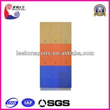 Comercial madera armario con 9 puertas