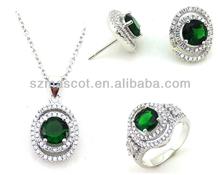 Fashionable New Born Designer Diamond Necklace Set