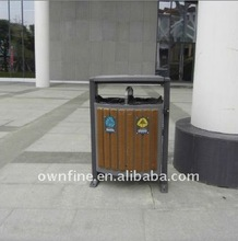 Classified Outdoor Fireproof Plastic Wood Dustbin