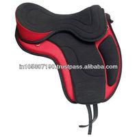 Endurance Synthetic treeless saddle