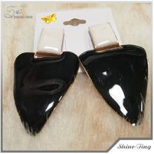 New style 2014 Latest Unique Design Black Enameled Tear Drop Earrings