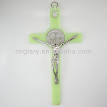 7 inch glow in the dark crucifix luminous wall cross