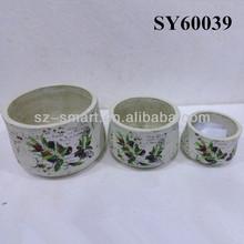 Round terracotta plant pots
