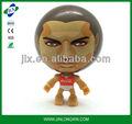 jogador de futebol forma mutável transformador figura bola brinquedo bola squeaky c