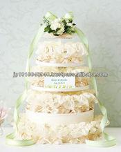 Ivory wedding cake elegant wedding decorations