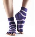 Venta al por mayor de encargo de la mujer anti- deslizamiento suela la mitad del dedo del pie de yoga/pilates calcetines, calcetines antideslizantes, injinji cinco calcetines del dedo del pie