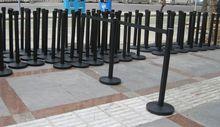 Retractable fence/Retractable queue barrier