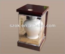 Customized acrylic wine bottle diaplay case