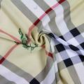 impreso de poliéster de gasa sari llanura tela
