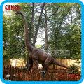 brachiosaurus escultura e dinossauro animatrônico