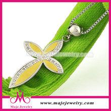 Charming yellow gold diamond friendship cross pendant women