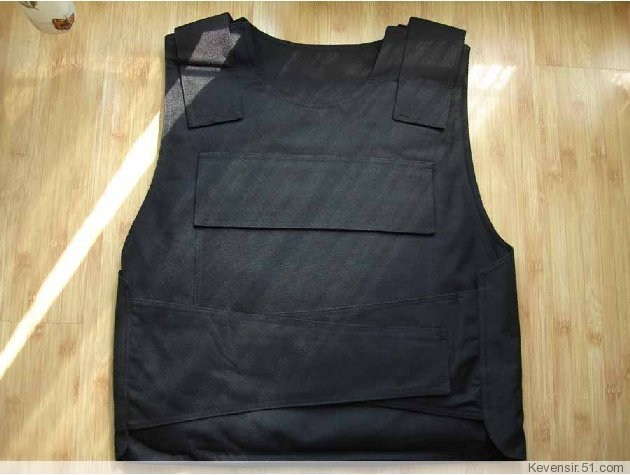 Built-steel protective clothing stab vests