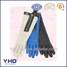 metal zipper zip gloves Barrientes aldos
