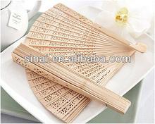 Factory Price Wedding Gift / Popular Luxury Personalized Sandalwood Fan