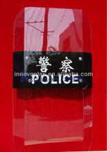 Policía antidisturbios escudo