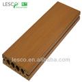 Anti- uv exterior compuesto plástico de madera pisos de neumáticos reciclados