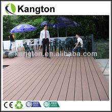 esterno pavimenti in legno sintetico