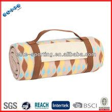 Eco-friendly cheapl custom printed folding waterproof camping picnic blanket and bag / beach camping mat