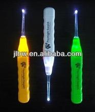 hotselling promotional items/children flashlight earpick/earpick with light/LED earpick