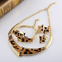 A073 Wholesale Dubai Fashion necklace gold plated black leather gold jewelrt set
