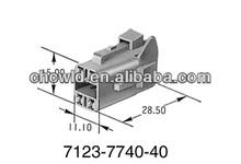 62 Connectors Z Type Housing 4P Female 7123-7740-40