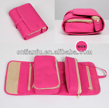 2014 high quality fashion new design china manufacture hanging travel toiletry bag