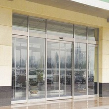 Glass sensor automatic sliding door