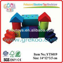 éducatif jouet en bois kid. coloré. ensemble de bloc