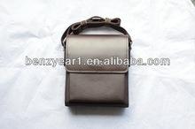 Factory wholesale pure leather man sling shoulder bag