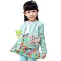 venta al por mayor de lujo caliente de la venta de encaje normal de bebé niña a mano de bebé de punto chaquetas de punto