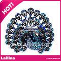 noble de pavo real broches de diamantes de imitación para la invitación de la boda