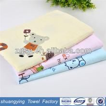 Comforable cotton gauze baby hooded towel,baby bath towel