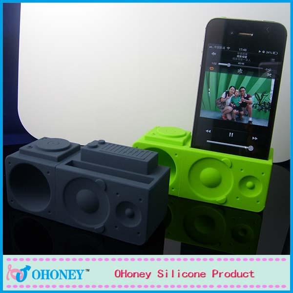 Cheap Various Color Portable Silicone Horn Stand Amplifier Speaker for mobile Phone Wholesale Speaker