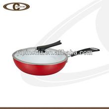 Red single handle wok & glass lid
