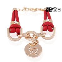 Most Popular Fashion Laid Leather Alloy Round Pendant Bracelet