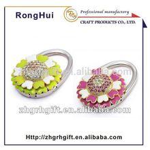 nice look flower diamond metal foldable bag hanger table purse hanger