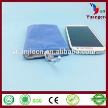 China Hand Felt Crocheted Bean Cooler Neck Hanging Mobile Phone Bag