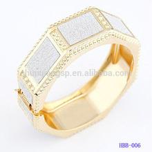 Fashion Geometric polygon bangle with gold electroplated