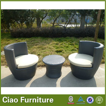 outdoor rattan coffee table and chair